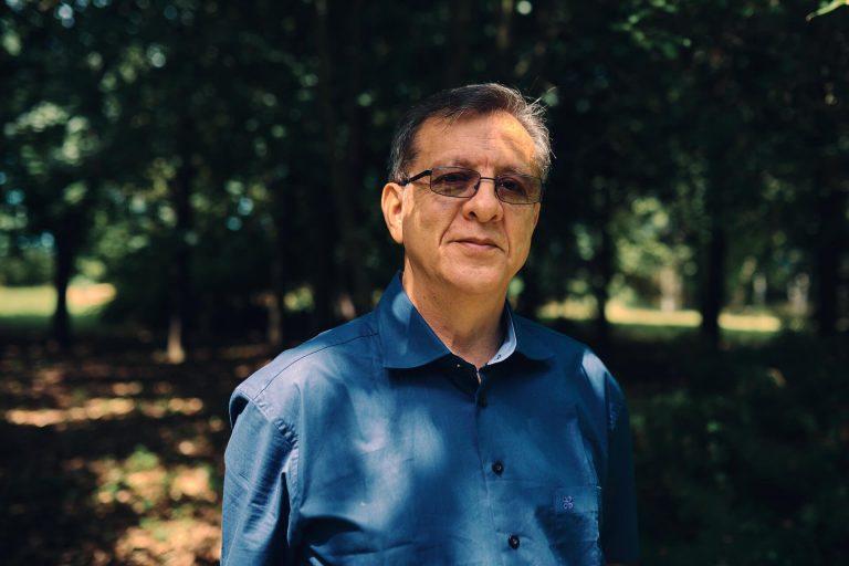 Luis eduardo luna portrait